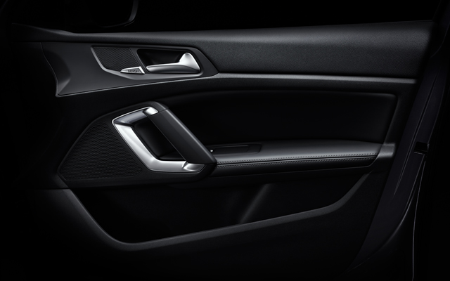 /image/78/4/peugeot_408_saloon_seating_trims_4.100784.jpg