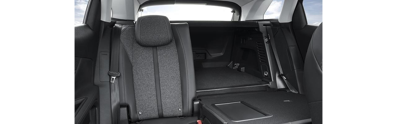 Peugeot 3008 SUV modular seating