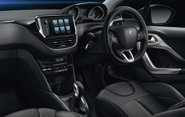 Peugeot malaysia models 208 puretech interior for Peugeot 208 interior 2017